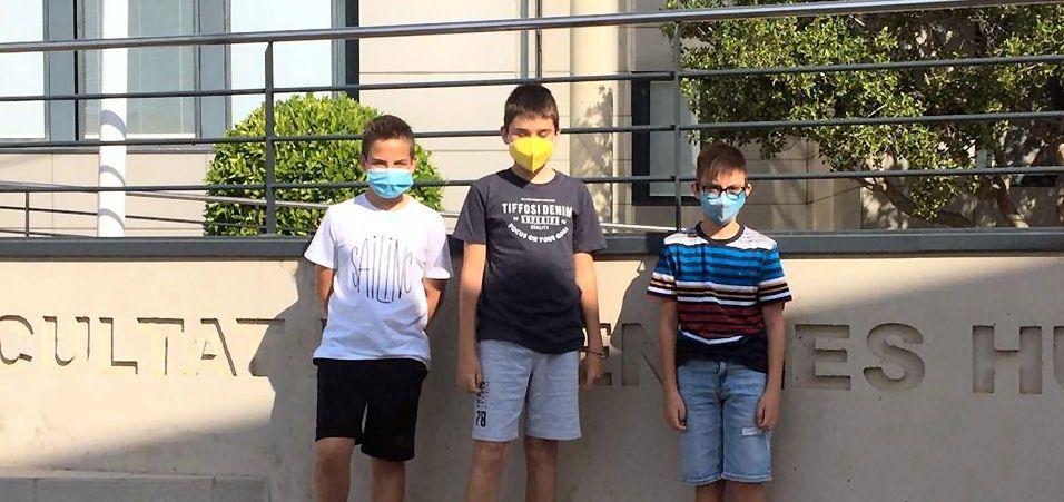 Tres alumnes de la Consolació de Vinaròs fan la prova per participar en Estalmat