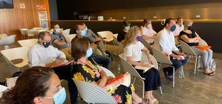 Vinaròs participa en la reunió amb motiu de la reobertura del Palau de Congressos de Peníscola