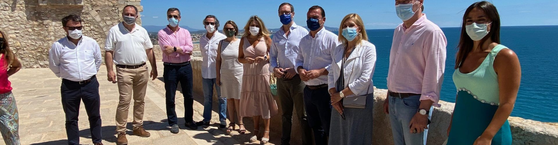 Maroto reclama en su visita a Peñíscola y Alcossebre la reducción del IVA para el sector turístico al 4%
