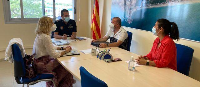 Peníscola s'alia amb Turisme CV per a controlar l'intrusisme en el lloguer d'habitatge d'ús turístic