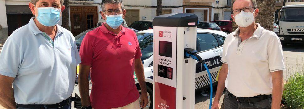 Alcalà de Xivert estrena punt de recàrrega per a vehicles elèctrics