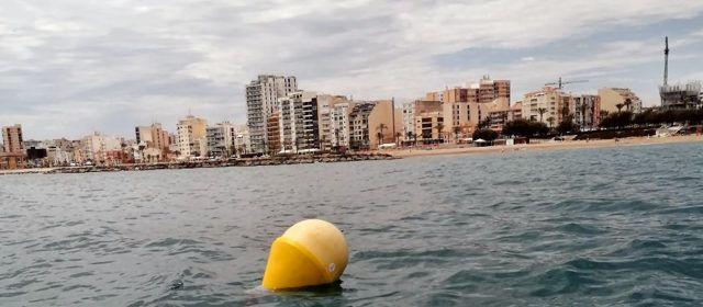 L'Ajuntament de Vinaròs instal·la una boia sensoritzada a la platja de Forat del Forat