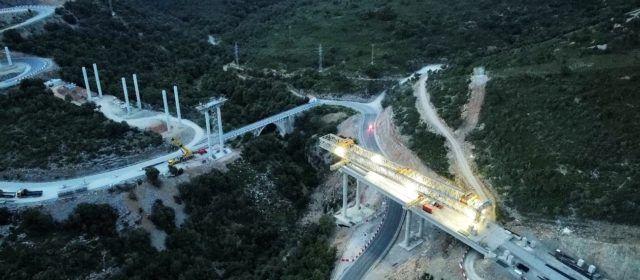 Comienza la ejecución del arco metálico del mayor viaducto del puerto de Querol