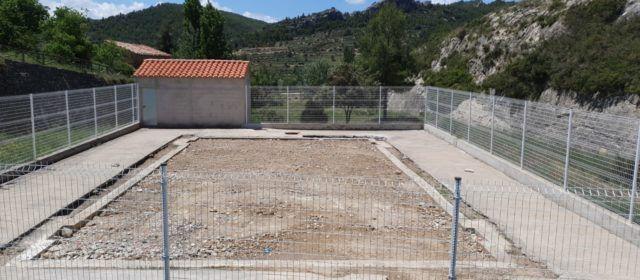 PP: L'alcalde de Morella soterra la piscina d'Ortells