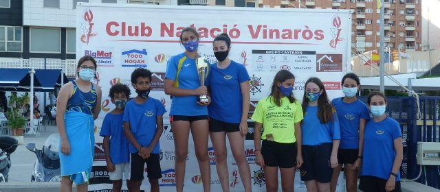 Més d'un centenar de nadadors en la 60 Travessia al Port de Vinaròs, guanyada per David León
