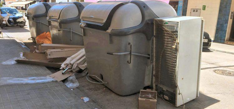 L'Ajuntament de Vinaròs demana civisme a l'hora de llençar les escombraries