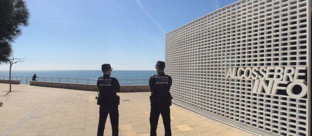 Un veí d'Alcossebretroba una cartera amb 470 euros i la lliura a la Policia Local