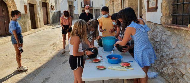 """""""Simulacre"""" a Vallibona del concurs de fanalets de meló de moro"""