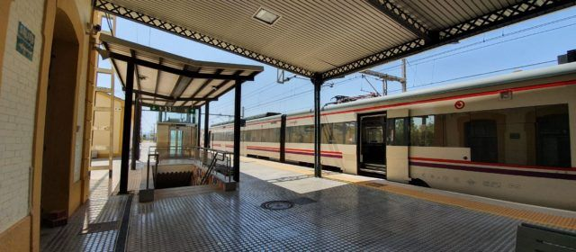 Renfe recupera dos servicios de Media Distancia entre Castelló y Vinaròs a partir del 6 de septiembre