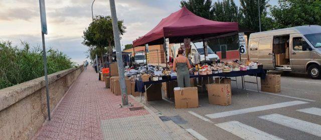"""Fotos: mercadet del """"dijous"""" a Vinaròs"""