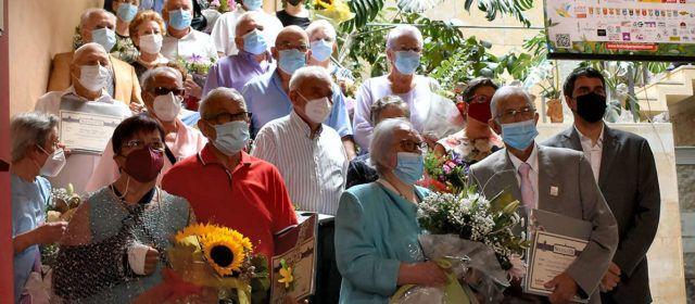 Morella felicita els matrimonis que celebren les bodes d'or