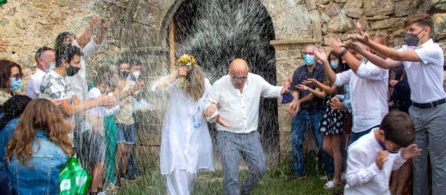 Casament inèdit en un dels millors exemples del romànic valencià: l'ermita de Santa Àgueda