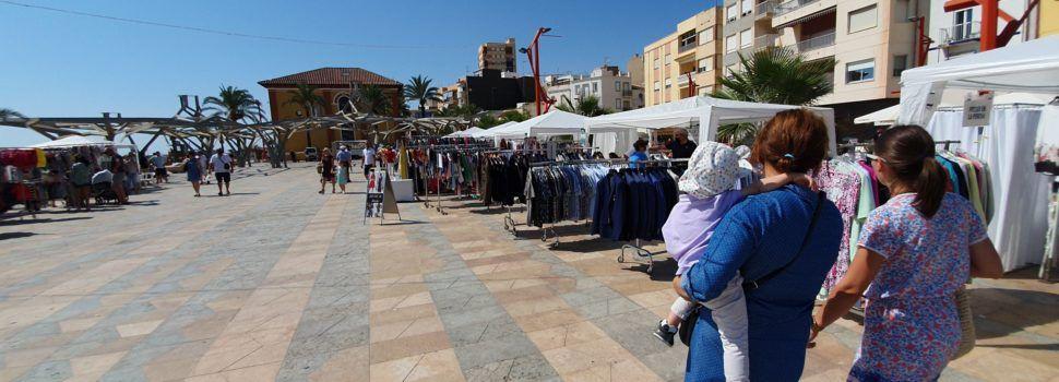 Fotos i vídeo: Botigues al carrer a Vinaròs, edició setembre 2021