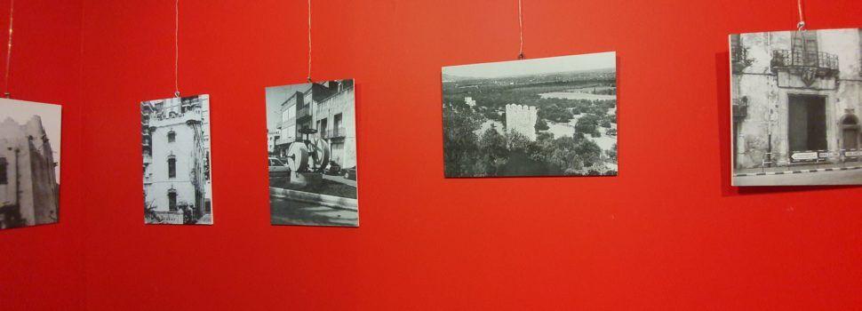 Vídeo i fotos: Exposició de fotos antigues de Mario Guillamón