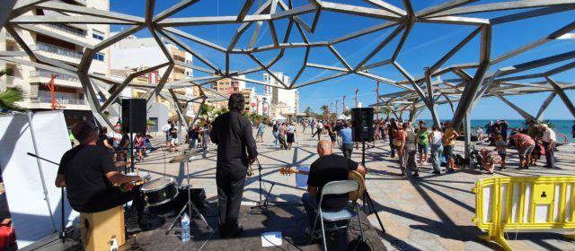 """Vídeo i fotos: Nova sessió de """"lindy-hop"""" per Gentsana de Vinaròs"""