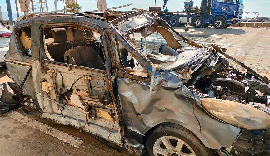 Vídeo i fotos: rescat de cotxes a les Cases d'Alcanar