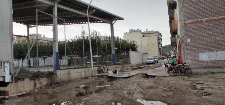 El municipi d'Alcanar intenta aixecar el cap després de la forta tempesta