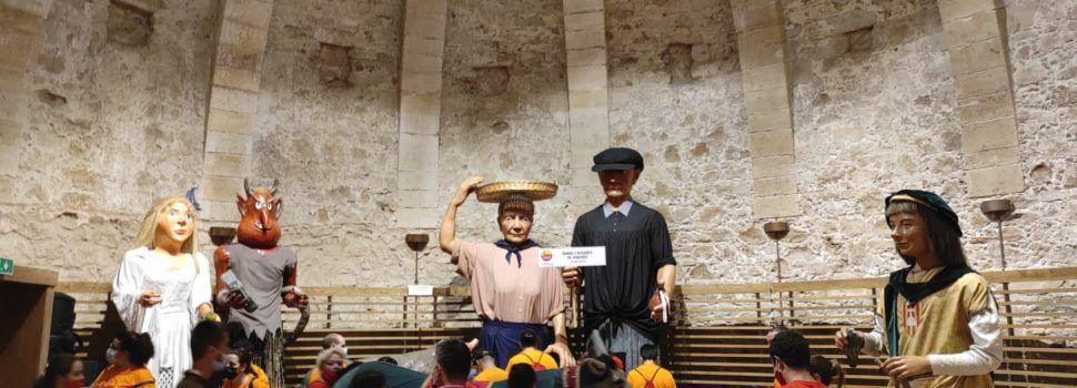 Vídeo i fotos: Els nanos i gegants de Vinaròs dansen a l'Alguer
