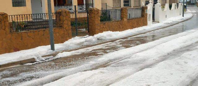 Vídeos i fotos: Forta pedregada a Xert