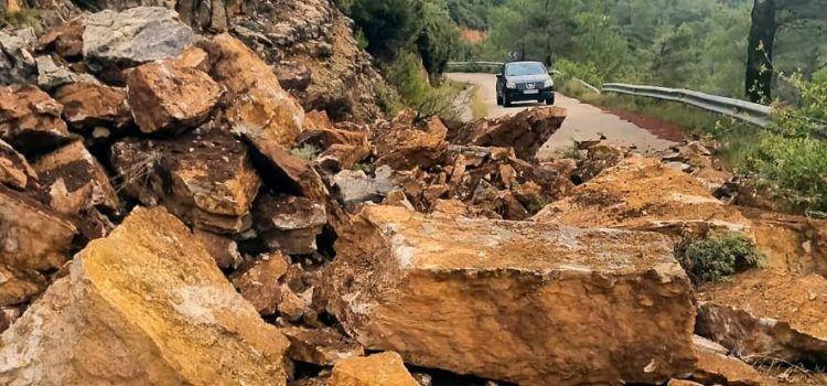 Rossell i Vallibona tornen a estar comunicats, després de la solsida de roques per les pluges