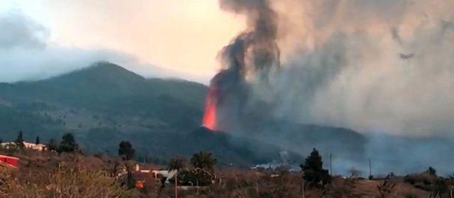 Vídeos: El volcà de La Palma, vist des de casa d'un vinarossenc
