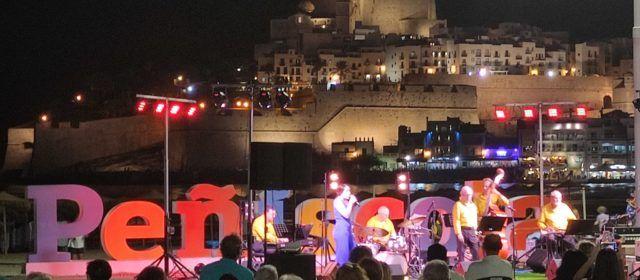 Peñíscola arranca la programación cultural de septiembre con éxito de participación en las primeras citas del Street Jazz Weekend