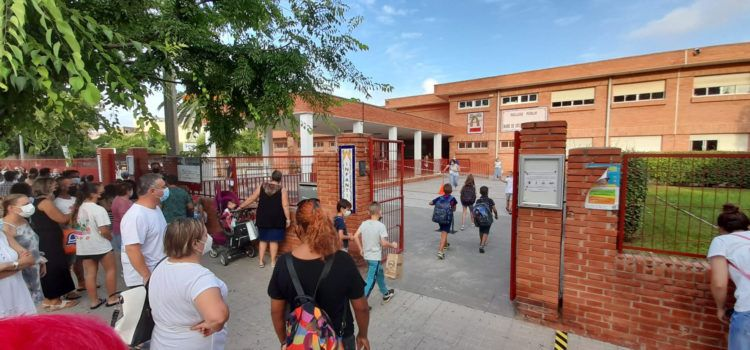L'Ajuntament reforça el personal de neteja contra la Covid per a l'inici del nou curs escolar