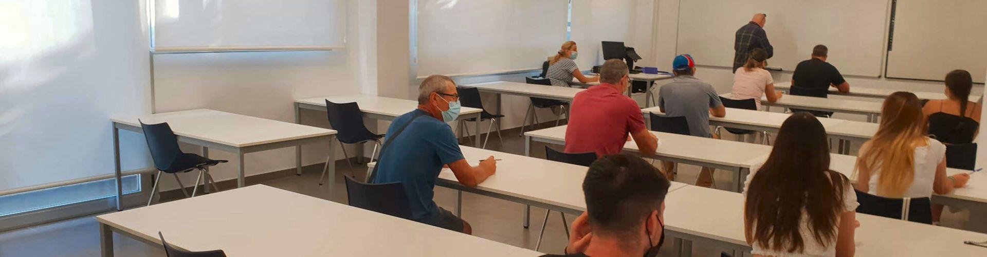 Vinaròs comenzó los exámenes teóricos de conducción, después de 8 años centralizados en Castellón