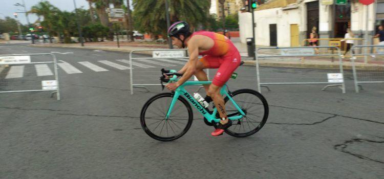 Guillem Segura, campió d'Europa de triatló en GGEE
