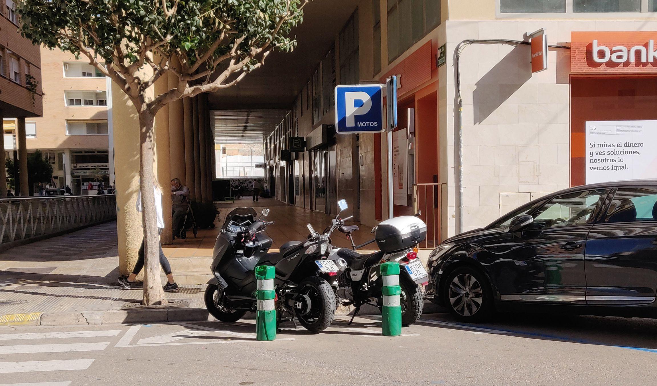 L'Ajuntament de Vinaròs reordena les zones d'estacionament per facilitar la mobilitat