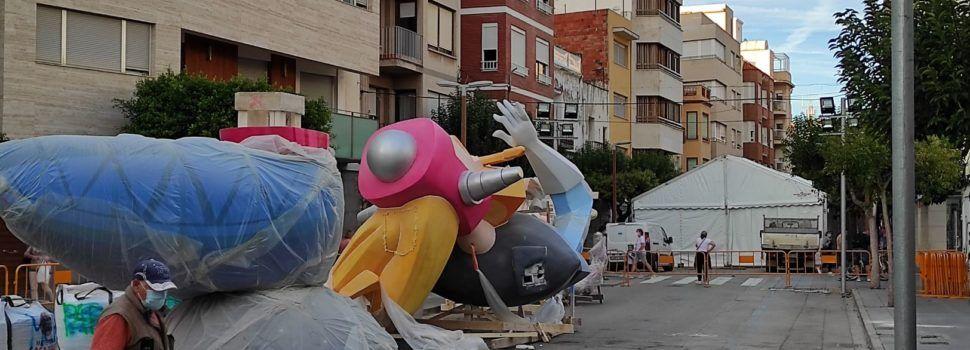 """Fotos: Benicarló planta les """"falles d'octubre"""""""
