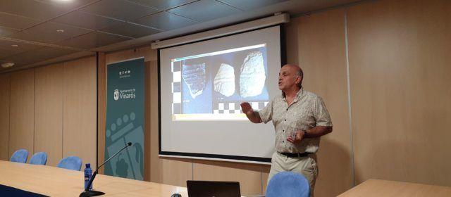 Conferència d'Arturo Oliver sobre jaciments arqueològics