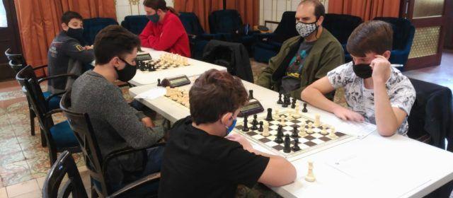 Molta activitat escaquística  durant el cap de setmana