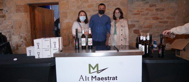 Benassal degusta tapes i vins per a inaugurar el Mes de l'Avellana