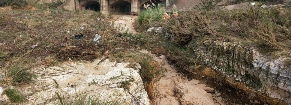 Vessaments incontrolats descoberts per les riuades al barranc de la Barbiguera, segons Apnal-EA