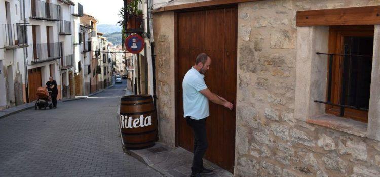 A vueltas con las dificultades para contratar camareros en Els Ports
